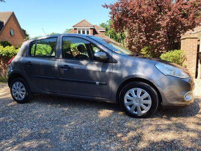 Renault Clio Hatchback 1.2 Bizu 5dr