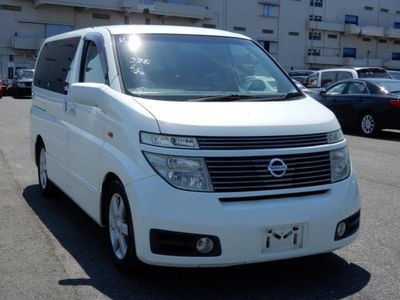 Nissan Elgrand MPV E51 JDM 3500cc HIGHWAY STAR 8 SEATER MPV