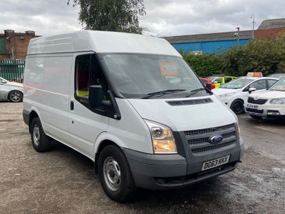 Ford Transit Panel Van 2.2 TDCi 330 Medium Roof Van 3dr (SWB)