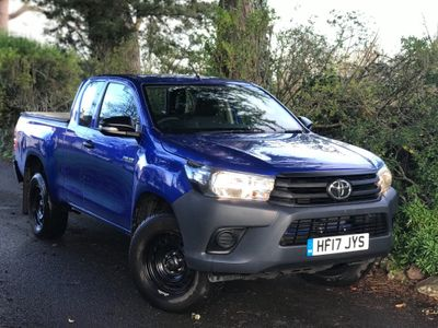 Toyota Hilux Pickup 2.4 D-4D Active Extra Cab Pickup 4WD EU6 4dr (TSS, 3.5t)