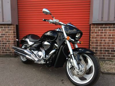 Suzuki Intruder 1500 Custom Cruiser M1500