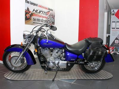 HONDA VT750 Custom Cruiser 750 C2 Shadow