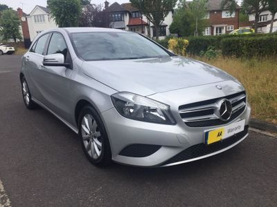 Mercedes-Benz A Class Hatchback 1.6 A180 BlueEFFICIENCY SE 5dr