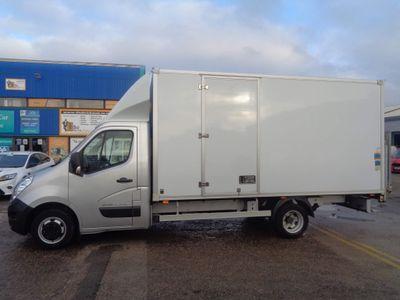 Renault Master Luton 2.3 dCi ENERGY 35 Business Long Overhang Box Van RWD L3 EU6 (s/s) 3dr (22m3, TRW)