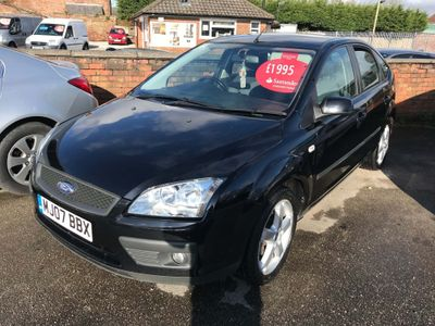 Ford Focus Hatchback 1.8 Sport S 5dr