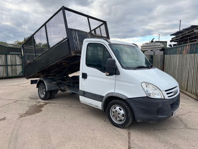 Iveco Daily Tipper 2.3 TD 35C12 MWB Chassis Cab 2dr