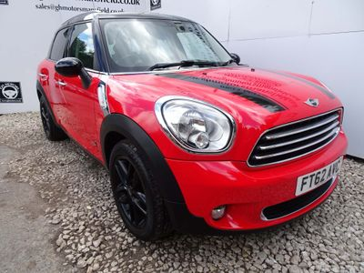 MINI COUNTRYMAN Hatchback 1.6 Cooper (Pepper) ALL4 5dr