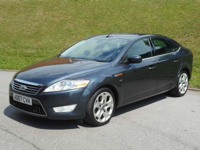 Ford Mondeo Hatchback 2.5 Ghia 5dr
