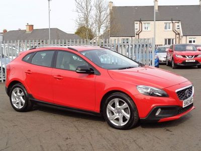 Volvo V40 Cross Country Hatchback 1.6 D2 Lux (s/s) 5dr