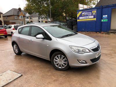Vauxhall Astra Hatchback 1.4 16v Exclusiv 5dr