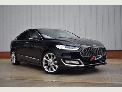 Ford Mondeo Saloon 2.0 TDCi Vignale (s/s) 4dr