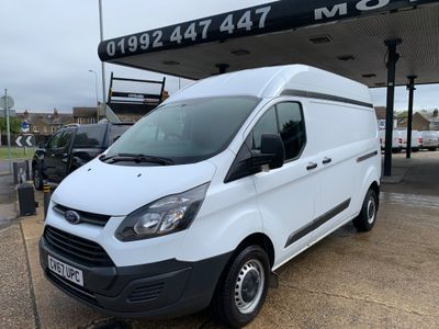 Ford Transit Custom Panel Van 2.0 TDCi 290 L2 H2 5dr