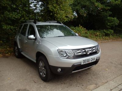 Dacia Duster SUV 1.2 TCe Laureate 4WD (s/s) 5dr