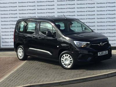 Vauxhall Combo Life MPV 1.5 Turbo D BlueInjection Design (s/s) 5dr