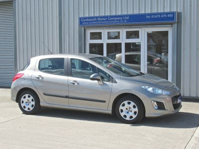 Peugeot 308 Hatchback 1.6 e-HDi Access EGC (s/s) 5dr