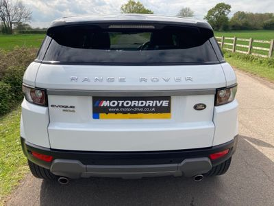 Land Rover Range Rover Evoque SUV 2.2 SD4 Pure Tech AWD 5dr