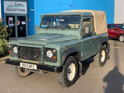 Land Rover Defender 90 Pickup 2.2 TD DPF Pick-Up 2dr