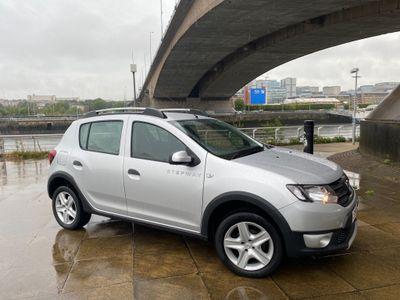Dacia Sandero Stepway Hatchback 0.9 TCe Laureate Stepway 5dr