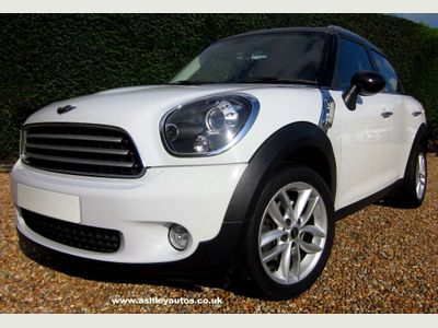 MINI Countryman Hatchback 1.6 Cooper (s/s) 5dr