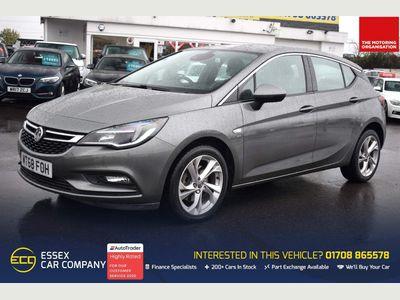 Vauxhall Astra Hatchback 1.6 CDTi BlueInjection SRi Nav Auto (s/s) 5dr