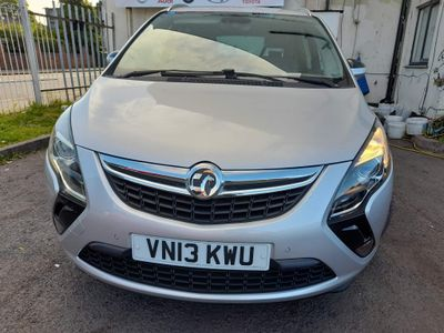 Vauxhall Zafira Tourer MPV 2.0 CDTi ecoFLEX SE Tourer (s/s) 5dr