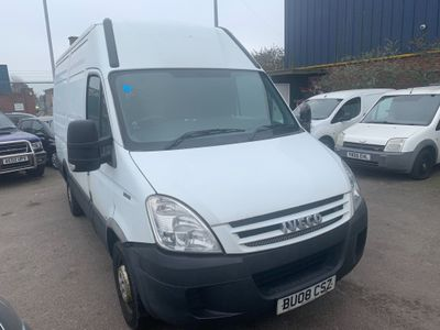 Iveco Daily Panel Van 2.3 TD 35C12 MWB Axess Ex High Roof Van 4dr