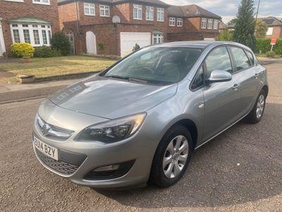 Vauxhall Astra Hatchback 1.4 16v Design 5dr