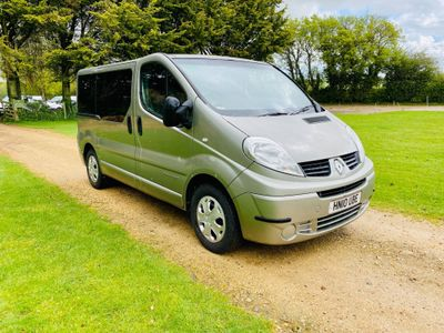 Renault Trafic Other 2.0 dCi LL29 Phase 3 Mini Bus 4dr (9 Seats, EU5)