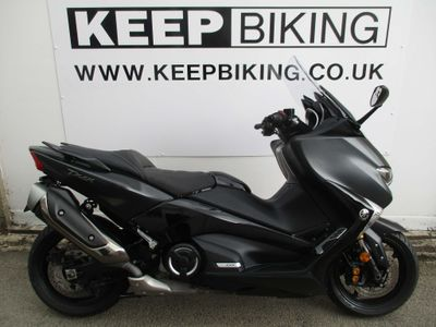 YAMAHA TMAX Scooter 530 DX ABS