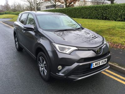 Toyota RAV4 SUV 2.0 D-4D Business Edition (s/s) 5dr (Safety Sense, Nav)