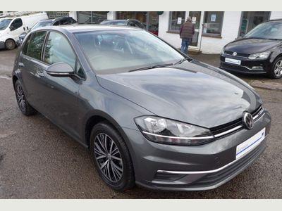 Volkswagen Golf Hatchback 1.0 TSI SE Nav DSG (s/s) 5dr