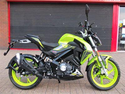 Keeway RKF 125 Naked 125