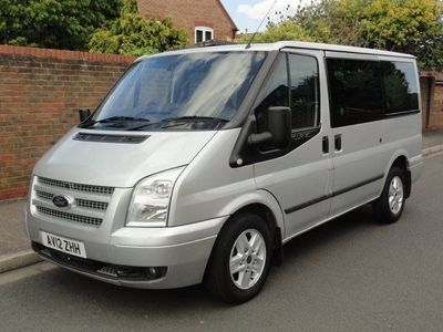 FORD TRANSIT Minibus 2.2 TDCi 280 S Tourneo Trend Low Roof Bus 5dr (9 Seats, SWB)