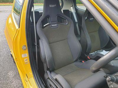 Renault Clio Hatchback 2.0 VVT Renaultsport 3dr