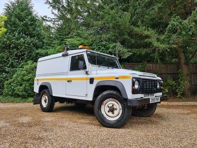 Land Rover Defender 110 SUV 2.2 D Hard Top 3dr