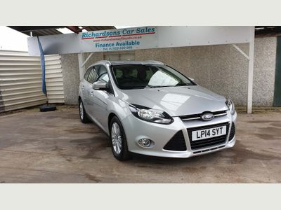 Ford Focus Estate 1.6 Ti-VCT Titanium Navigator Navigator Powershift 5dr