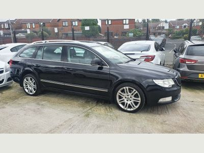 SKODA Superb Estate 3.6 V6 Elegance DSG 4x4 5dr