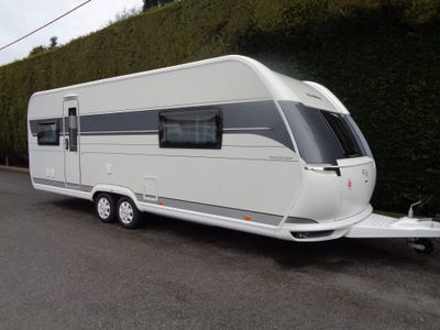 Hobby Prestige Tourer BRAND NEW 2021 MODEL 650 UFF ,4 BERTH,FIXED ISLAND BED WITH SEPARATE TOILET/SHOWER CUBICLE.
