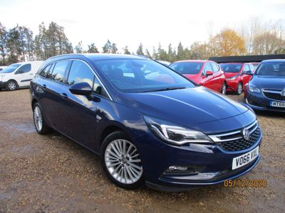 Vauxhall Astra Estate 1.6 CDTi ecoFLEX Elite Nav Sports Tourer (s/s) 5dr