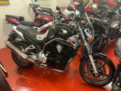 Yamaha BT1100 Naked 1100 Bulldog