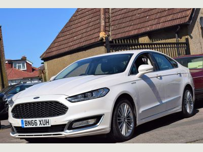 Ford Mondeo Saloon 2.0 TiVCT Vignale CVT (s/s) 4dr