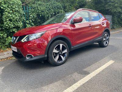 Nissan Qashqai SUV 1.6 DIG-T N-Connecta 5dr