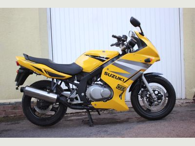Suzuki GS500F Sports Tourer 500 K4