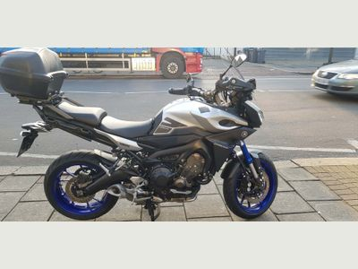 Yamaha MT-09 Sports Tourer 850 Tracer ABS Naked