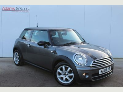MINI Hatch Hatchback 1.6 Cooper D Graphite 3dr