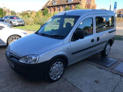 Vauxhall Combo Combi Van 1.3 CDTi 2000 16v Panel Van Easytronic 5dr