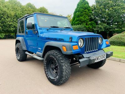 Jeep Wrangler Convertible 4.0 Sport TR2 Soft top 4x4 3dr