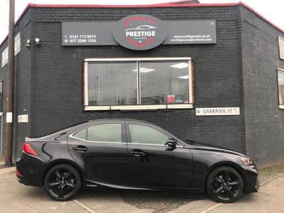 Lexus IS 300 Saloon 2.5 Sport E-CVT (s/s) 4dr