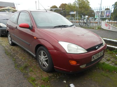 FORD FOCUS Hatchback 1.8 i 16v Zetec 3dr
