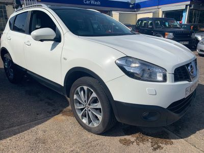 Nissan Qashqai SUV 1.6 dCi Tekna 4WD (s/s) 5dr